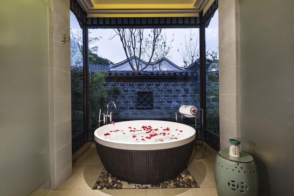 image 1 at Banyan Tree Yangshuo by No. 168 Zhengdong Street, Fuli Town Yangshuo Guilin Guangxi 541905 China