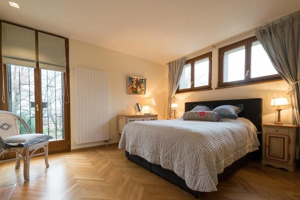 image 1 at Sangata 3 Bedroom Villa by Chemin de Saint-Georges 34 Montreux 1815 Switzerland