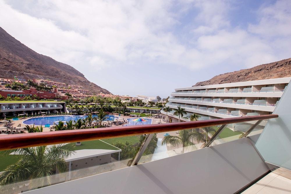 image 1 at Radisson Blu Resort & Spa, Gran Canaria Mogan by Avenida Los Marrero 35 Mogan Mogan 35140 Spain