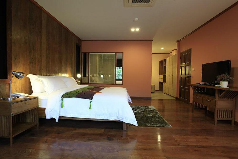 image 1 at VC@Suanpaak Hotel & Serviced Apartments by 61 Moo.3, Airport Road, T.Suthep Chiang Mai Chiang mai 50200 Thailand