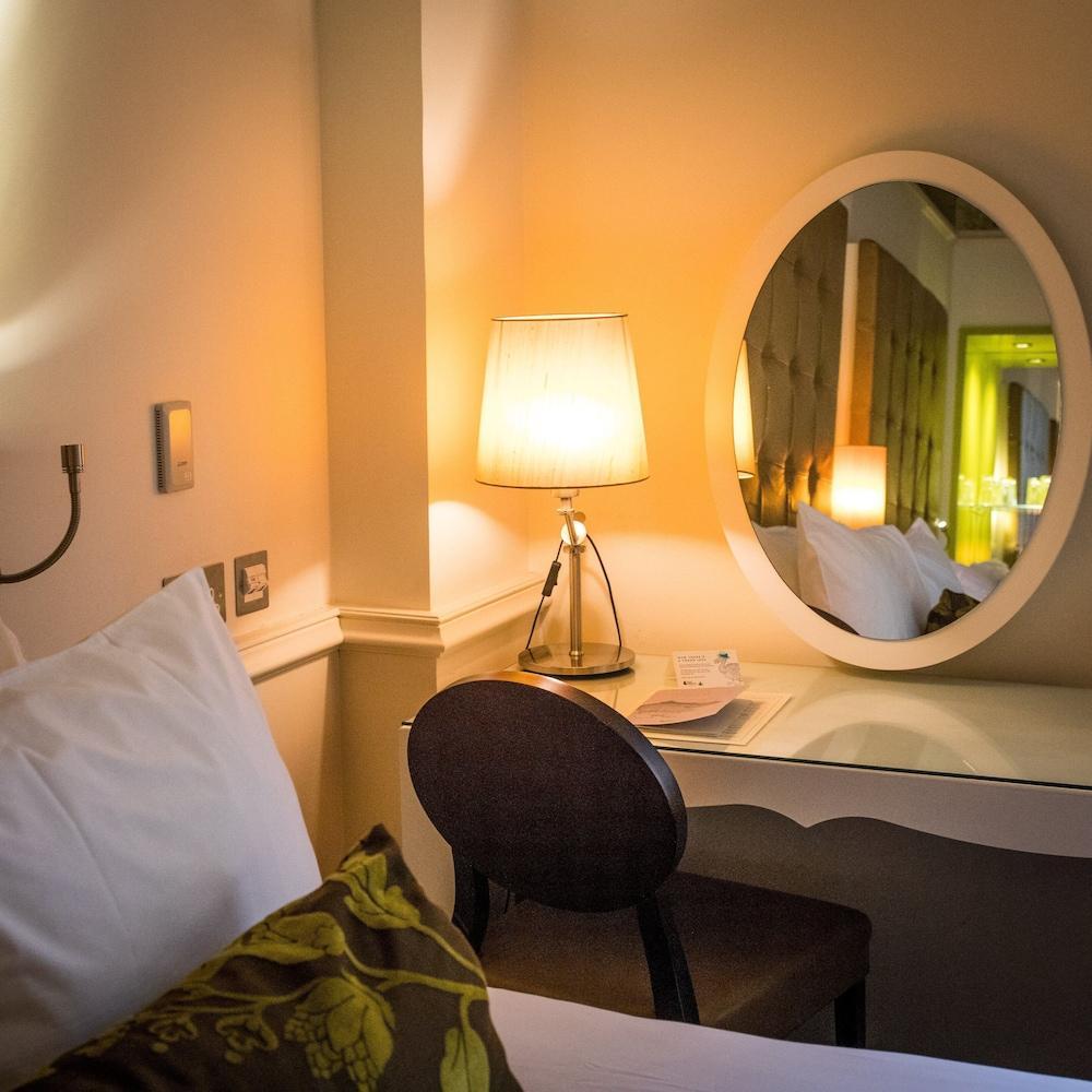 image 1 at Hotel Indigo Glasgow by 75 Waterloo Street Glasgow Scotland G2 7DA United Kingdom