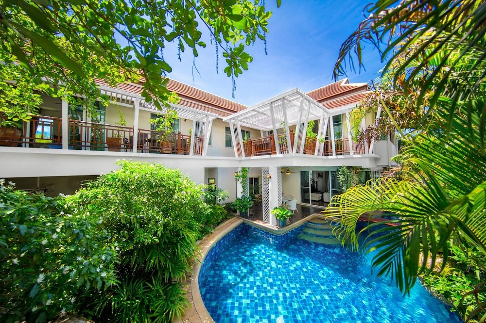 image 1 at Villas In Pattaya by Moo 12. Palm Oasis Village, Thepprasit Road Soi 17, Nongprue, Banglamung Pattaya Chonburi 20150 Thailand