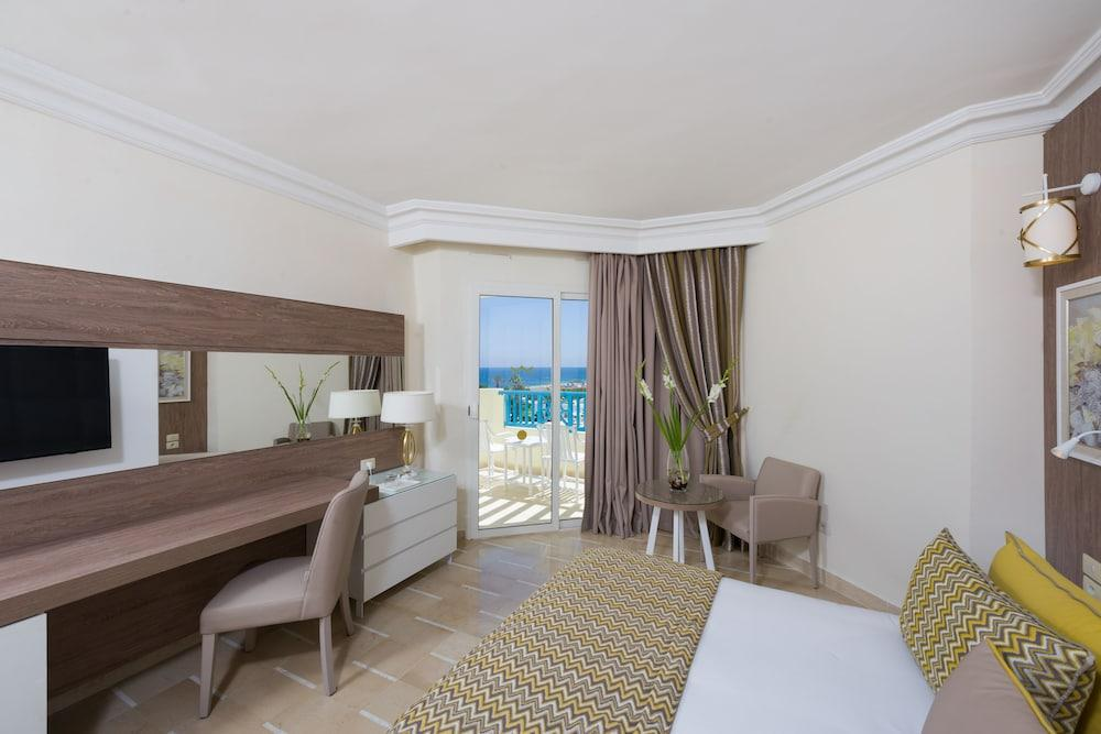 image 1 at Sentido Bellevue Park by B.P. 344 Port El Kantaoui 4089 Tunisia
