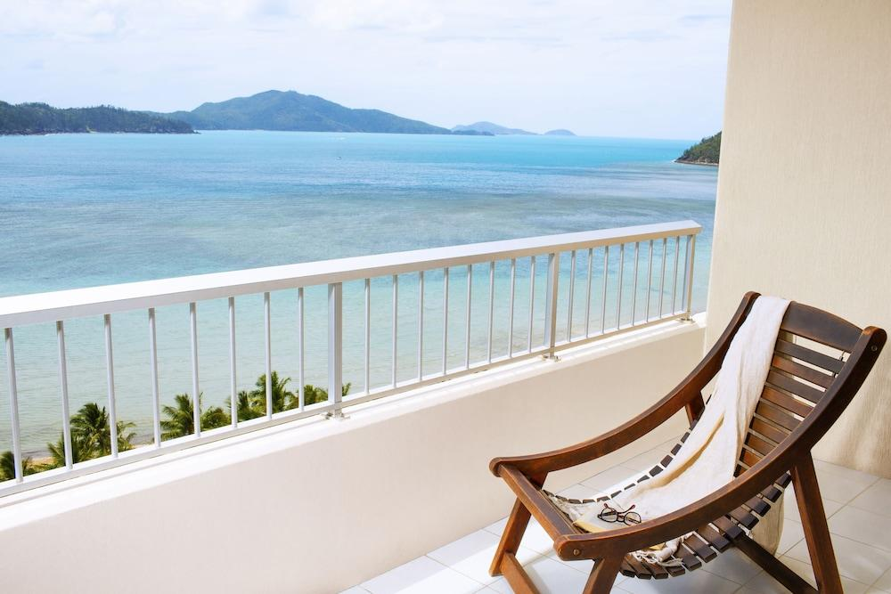 image 1 at Reef View Hotel by 12 Resort Drive Hamilton Island QLD Queensland 4803 Australia