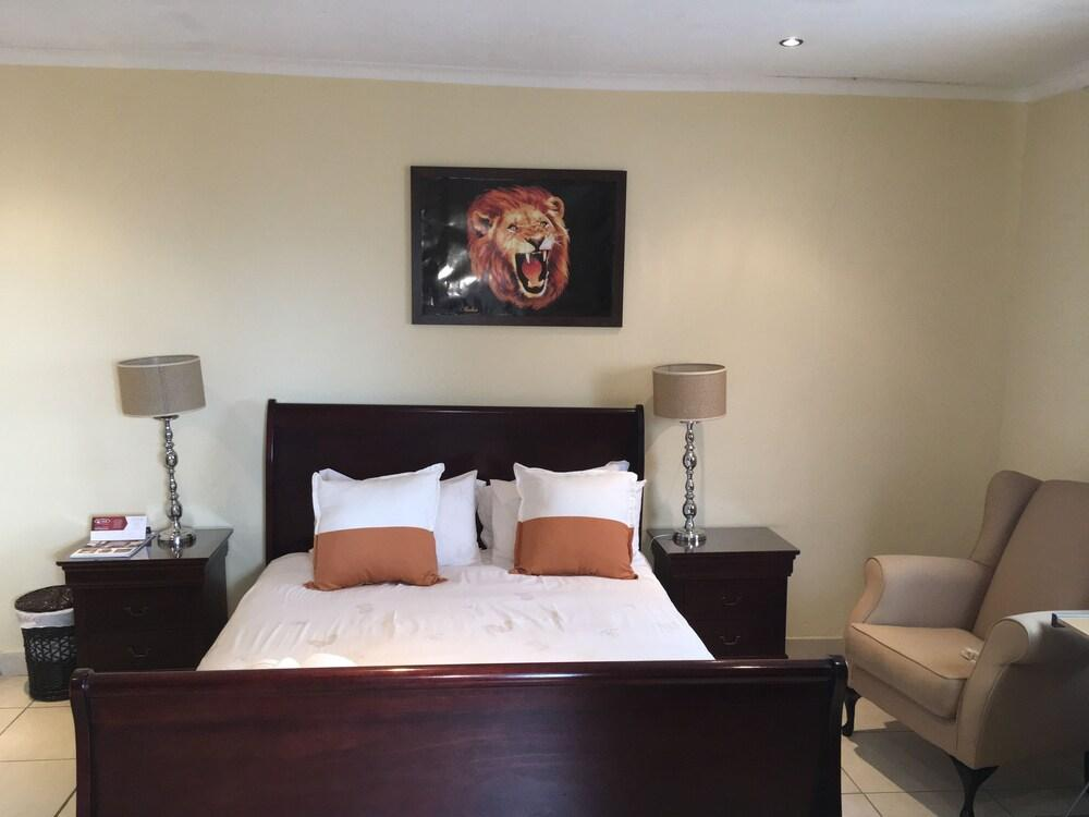 image 1 at The View Guest House by 17 Aluta Cres Tembisa Gauteng 1632 South Africa