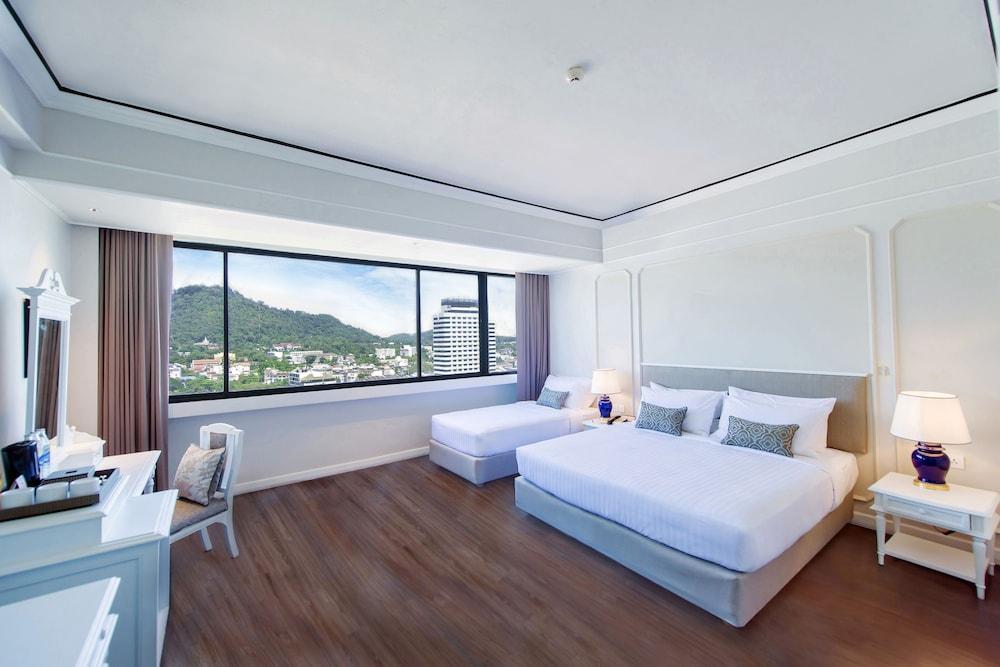 image 1 at Metropole Hotel Phuket by 1 Soi Surin Montri Road Phuket Phuket 83000 Thailand