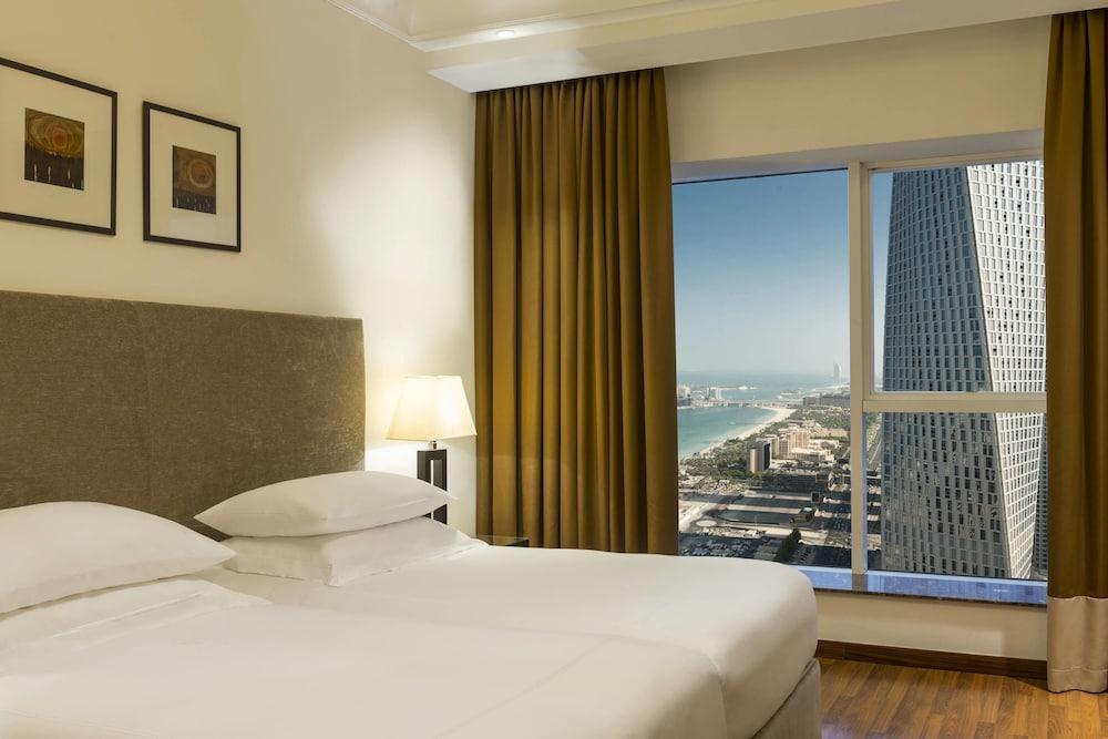 image 1 at Grosvenor House, a Luxury Collection Hotel, Dubai by Al Emreef Street Dubai 118500 United Arab Emirates