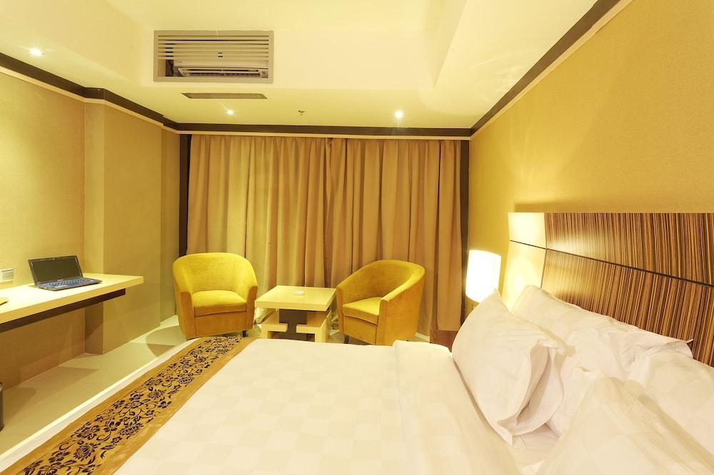 image 1 at Nagoya Mansion Hotel & Residence by Jl. Raden Fatah Kampung Utama Street No.1, Nagoya Batam Batam Island 294444 Indonesia