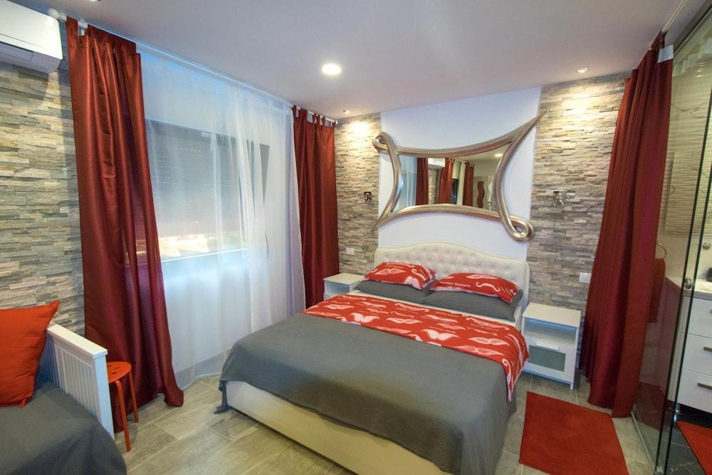 image 1 at Villa Marijana by Žubra 54 Malinska-Dubasnica 51511 Croatia