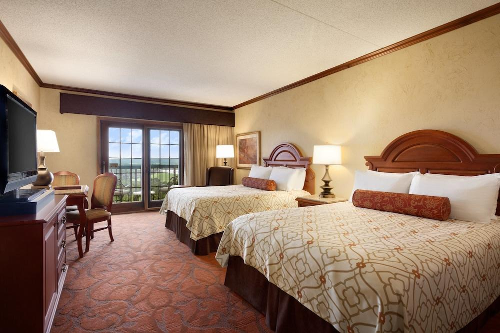 image 1 at Chateau On The Lake Resort Spa and Convention Center by 415 North State Highway 265 Branson MO Missouri 65616 United States