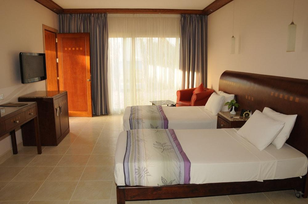 image 1 at Shams Prestige Abu Soma Resort by Hurghada - Safaga Road 9km, Abu Soma Safaga Egypt