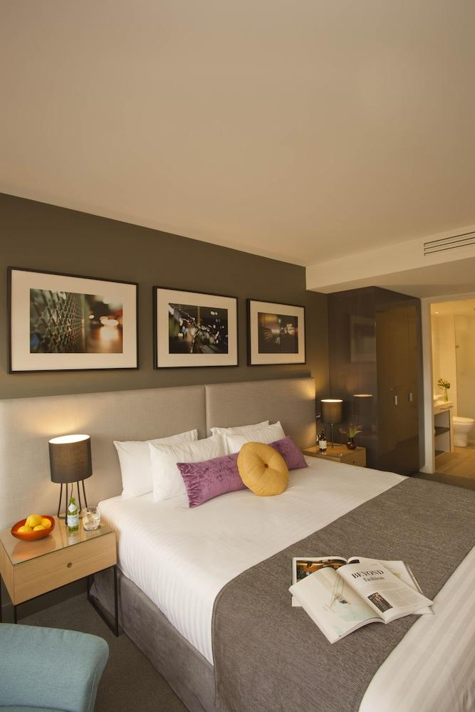 image 1 at East Hotel by 69 Canberra Avenue Griffith ACT Australian Capital Territory 2604 Australia