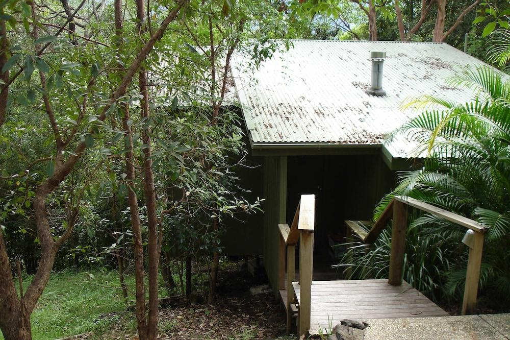 image 1 at Hunchy Hideaway by 609 Hunchy Road Hunchy QLD Queensland 4560 Australia
