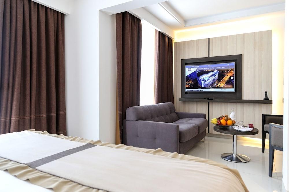 image 1 at Movenpick Hotel Sfax by Angle Rue Khaled Ibn El Walid & Ribat Bab Bhar Sfax 3000 Tunisia