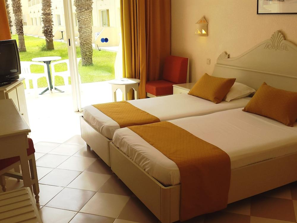 image 1 at Zephir Hotel & Spa by Zone Touristique Souihel Zarzis Mednine 4173 Tunisia