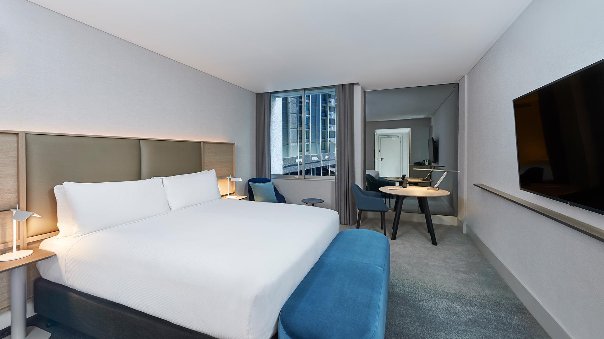 Executive King Room image 1 at Parmelia Hilton Perth by City of Perth, Western Australia, Australia