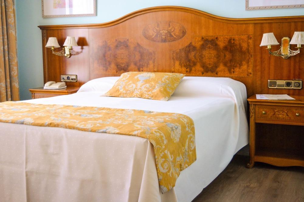 image 1 at Hotel Horus Zamora by Plaza del Mercado, 20 Zamora 49003 Spain