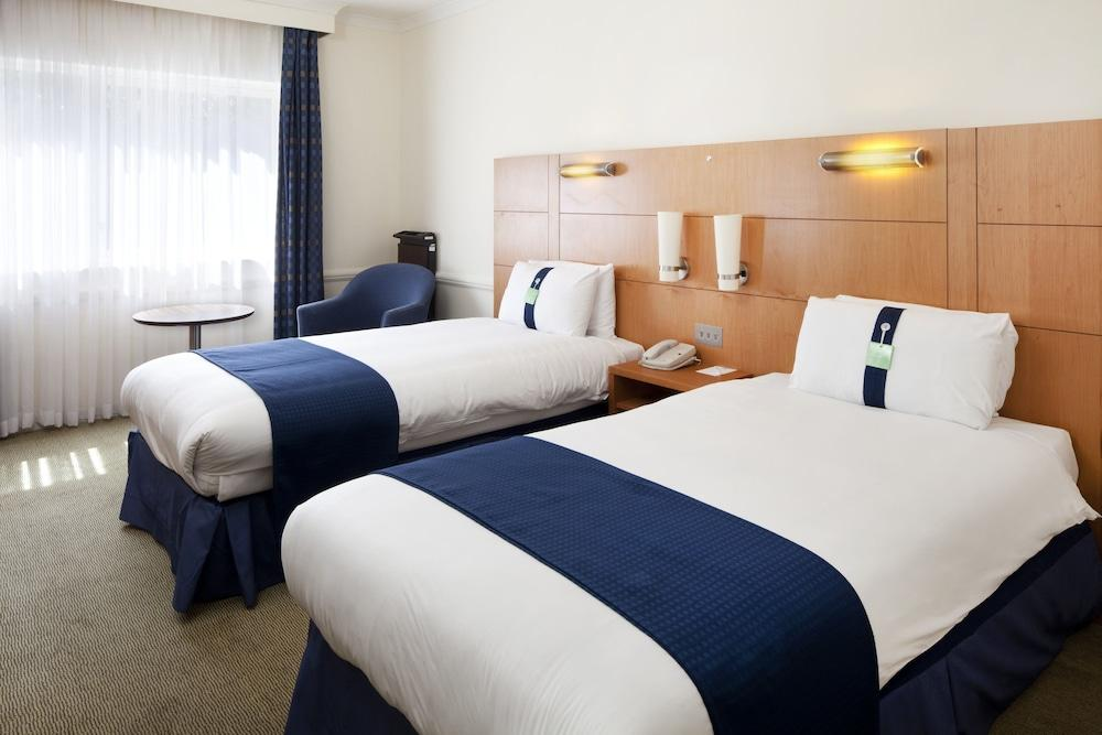 image 1 at Holiday Inn Guildford by Egerton Road Guildford England GU2 7XZ United Kingdom