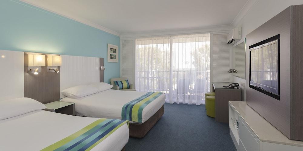 image 1 at Sea World Resort by Sea World Drive Main Beach Gold Coast Main Beach QLD Queensland 4217 Australia