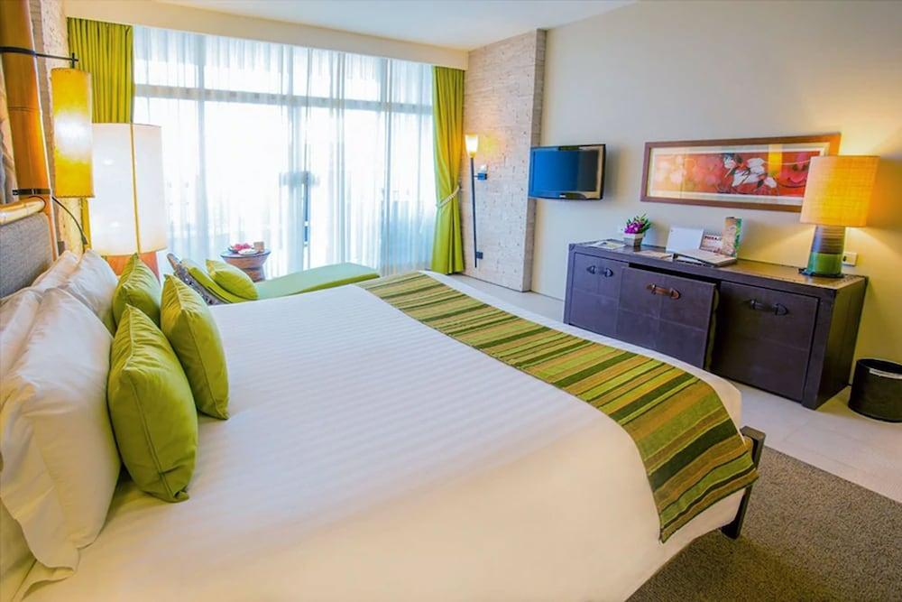 image 1 at Centara Grand Mirage Beach Resort Pattaya by 277-8 Moo 5 Naklua Pattaya Chonburi 20150 Thailand