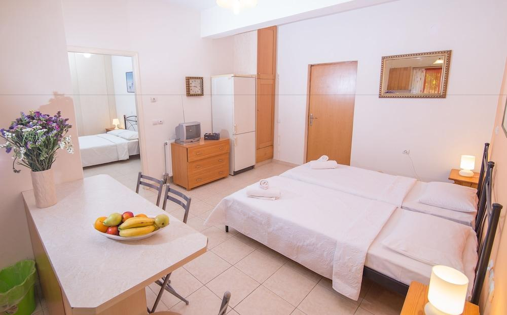 image 1 at Rooms Nancy by Aipeias 68 Agios Andreas Messini Peloponnese 24010 Greece