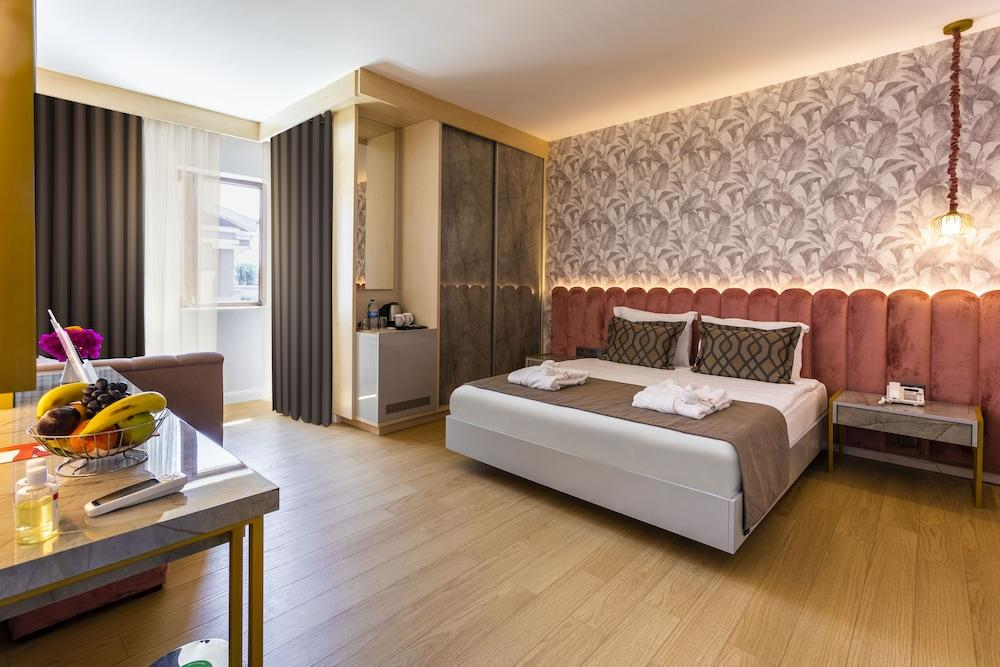 image 1 at Club Hotel Turan Prince World - All Inclusive by Kızılağaç / Side Manavgat Antalya 07600 Turkey