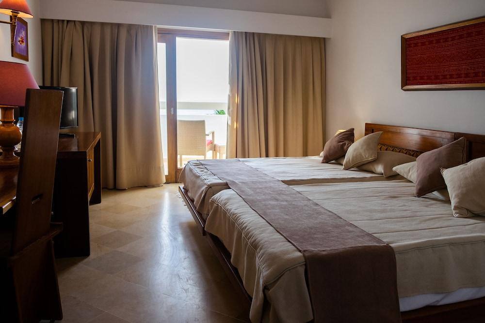 image 1 at The Orangers Beach Resort and Bungalows - All Inclusive by BP 7 - Rue de Nevers Hammamet 8050 Tunisia