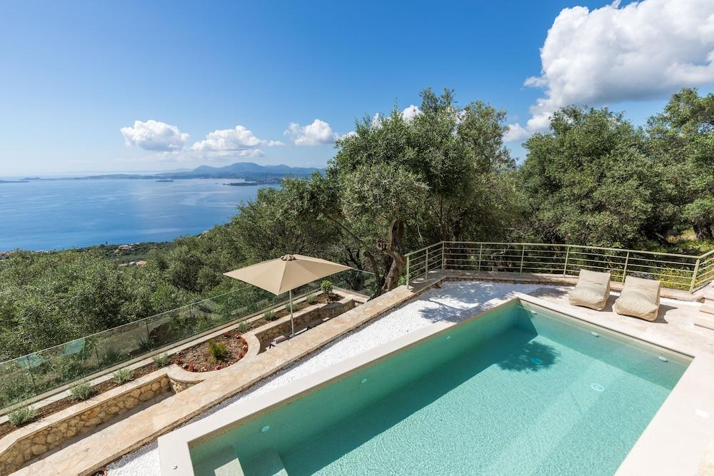 image 1 at Bolla D'Oro Luxury Villas by Spartilas Corfu 490 83 Greece
