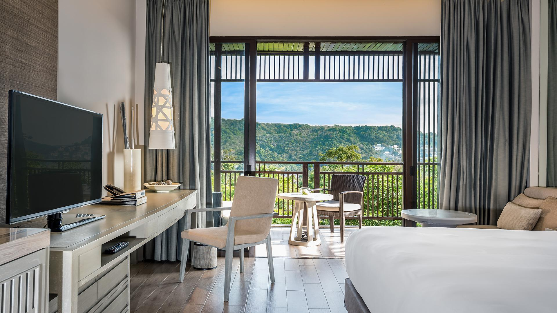 Deluxe Room image 1 at Hotel Pullman Phuket Arcadia Naithon Beach by อำเภอถลาง, Phuket, Thailand