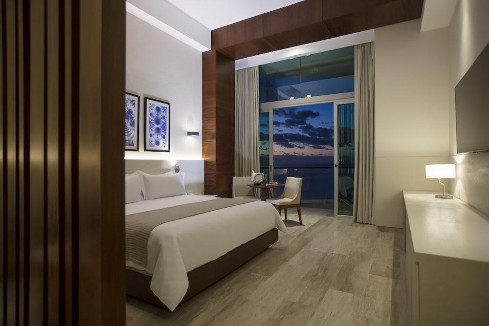 image 1 at Altitude By Krystal Grand Punta Cancun - All Inclusive by Boulevard Kukulcan km 8.5 Cancun QROO 77500 Mexico