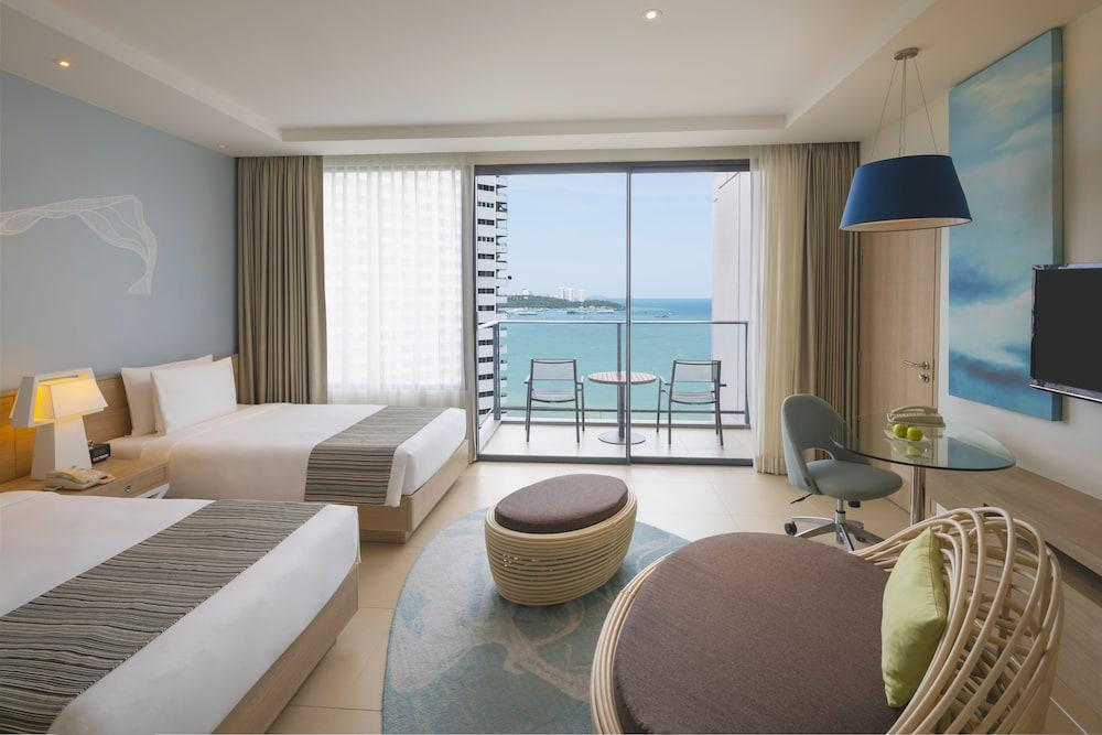 image 1 at Holiday Inn Pattaya, an IHG Hotel by 463/68, 463/99 Pattaya Sai 1 Road Nongprue Banglamung Pattaya Chonburi 20150 Thailand