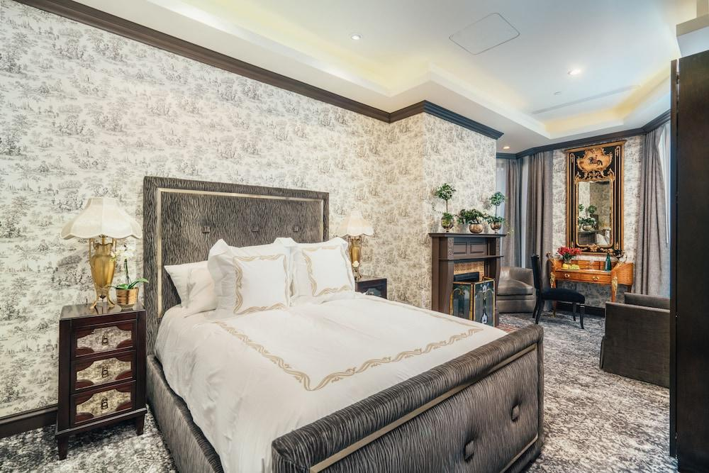 image 1 at Mansion on Sutter by 1409 Sutter St San Francisco CA California 94109 United States