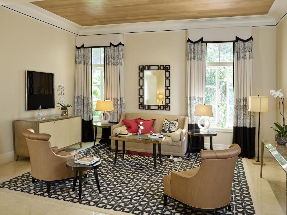 image 1 at Hotel Bel-Air - Dorchester Collection by 701 Stone Canyon Road Los Angeles CA California 90077 United States