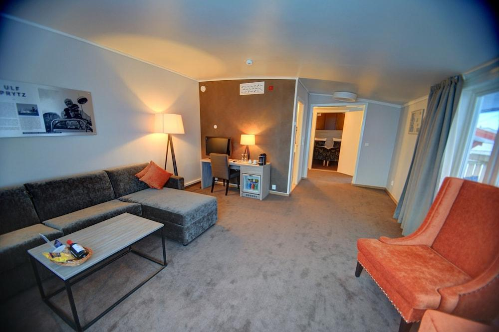 image 1 at Radisson Blu Polar Hotel Spitsbergen by Vei 229-3 Longyearbyen 9171 Svalbard and Jan Mayen