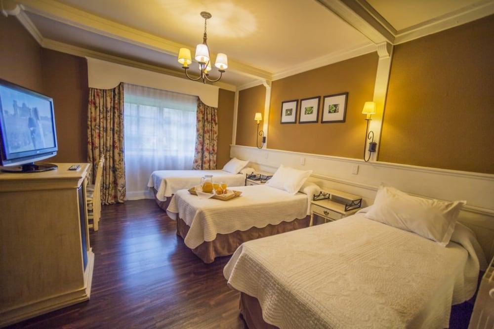 image 1 at Hotel Posada Los Alamos by Ing. Hector Mario Guatti 1135 El Calafate Santa Cruz 9405 Argentina