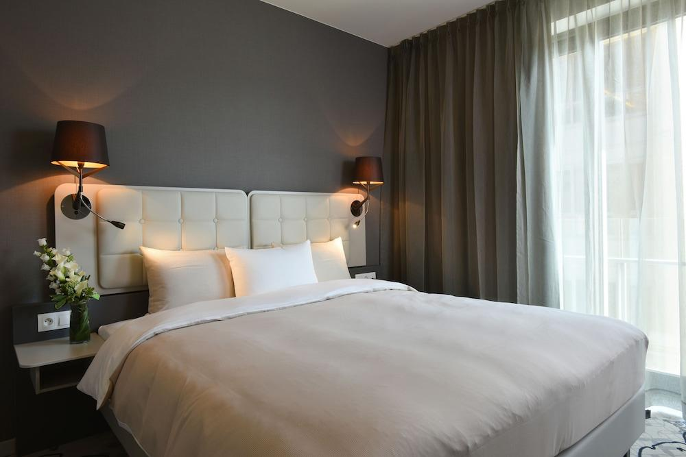image 1 at Martin's All Suites by Rue de l'Hocaille 3 Anneau Central Nord Ottignies-Louvain-la-Neuve Walloon Brabant 1348 Belgium