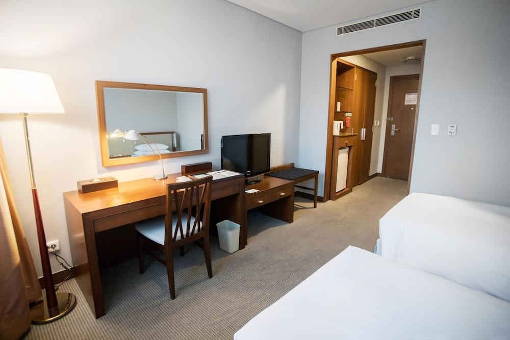 image 1 at MAYFIELD HOTEL SEOUL by 94, Banghwa-daero, Gangseo-gu Seoul Seoul 157-290 South Korea