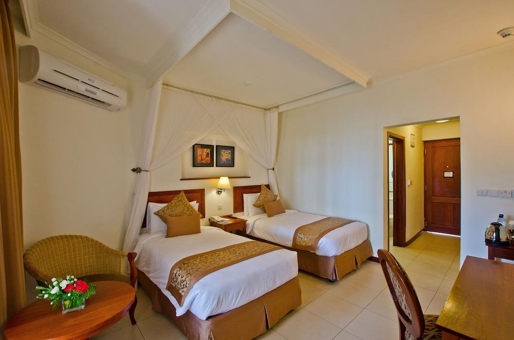 image 1 at White Sands Resort & Conference Centre by Africana Road Jangwani Beach Dar es Salaam Tanzania
