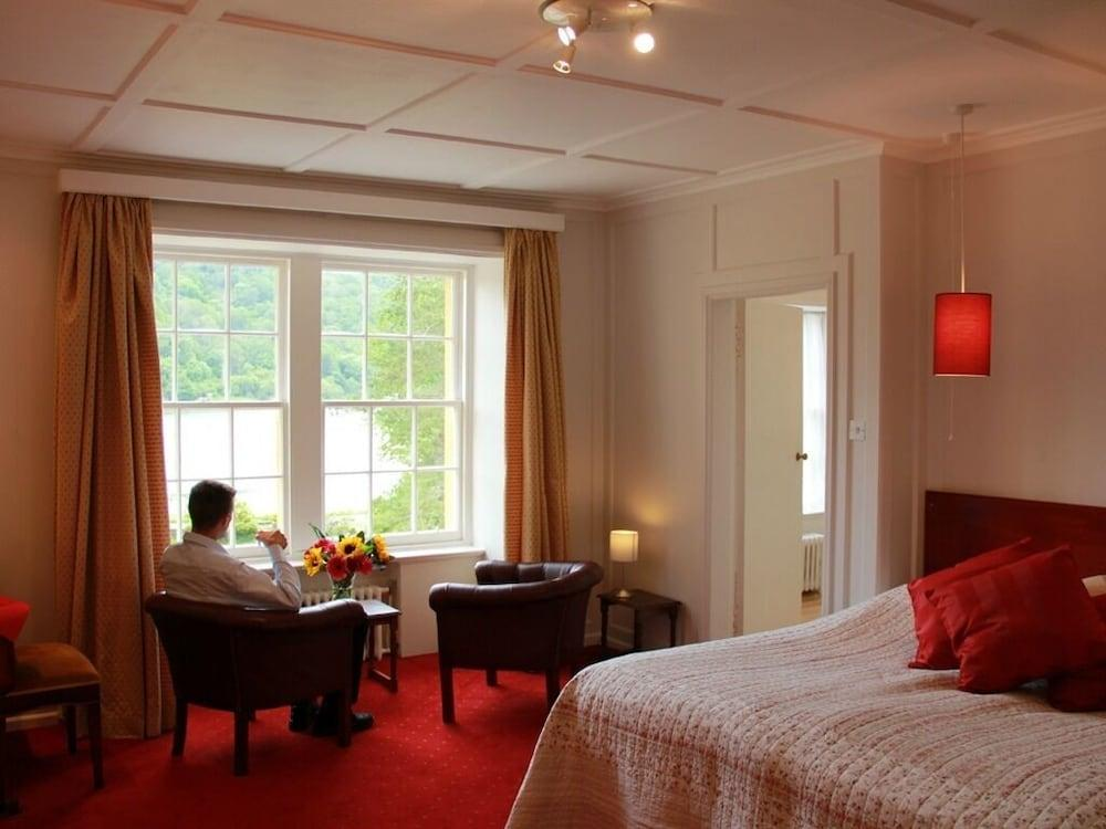 image 1 at Knipoch Hotel by Knipoch House Hotel Oban Scotland PA34 4QT United Kingdom