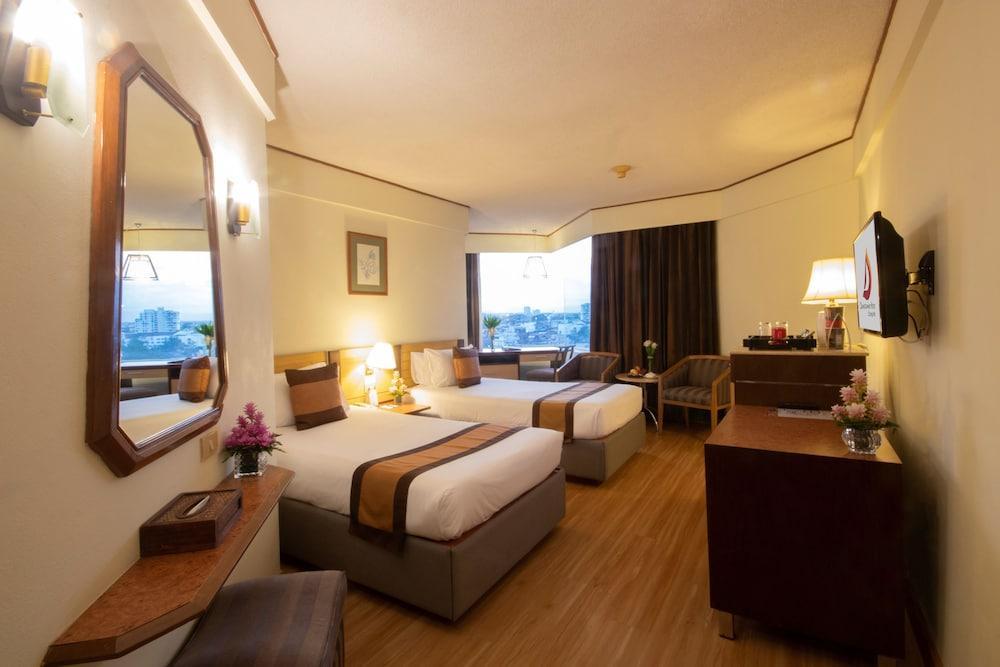 image 1 at Duangtawan Hotel Chiang Mai by 132 Loy Kroh, Chang-Klan, Muang Chiang Mai Chiang Mai 50100 Thailand