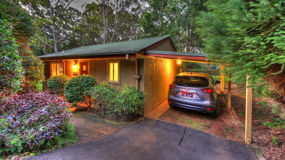 image 1 at House of Laurels by 35 Sinclairs Ln Balmoral Ridge QLD Queensland 4552 Australia