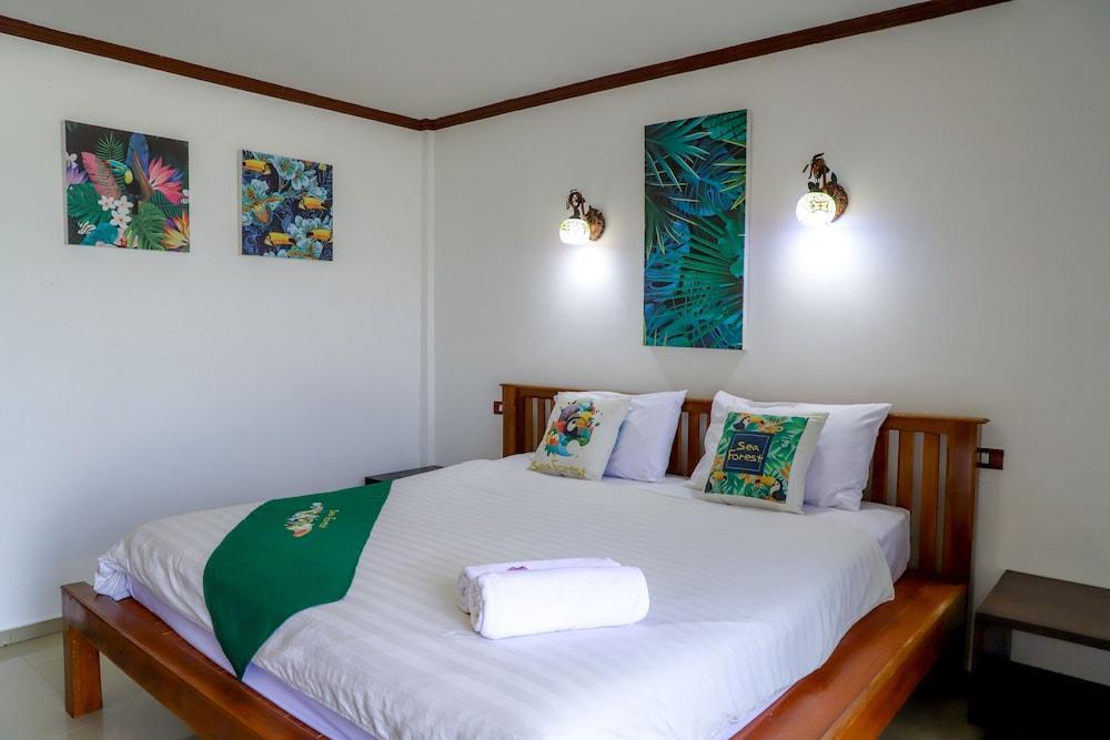 image 1 at Coral Island Resort by 45/38 Soi Chaofa 39, Chalong Bay Koh He Phuket 83100 Thailand