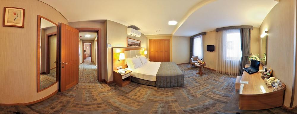 image 1 at Hotel Istanbul Trend by Mustafa Kemal Pasa Caddesi No: 36 Laleli Istanbul Istanbul 34130 Turkey