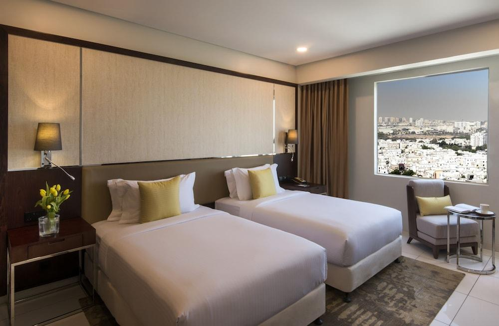 image 1 at Fraser Suites Muscat by Landmark Building 23 July Street Muscat Muscat Governorate Oman