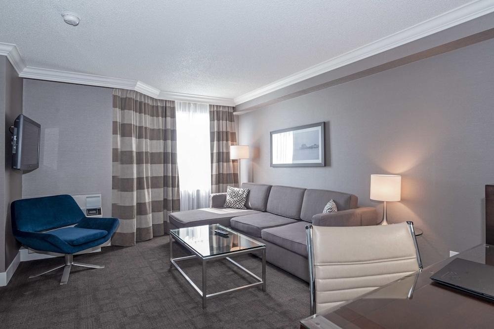 image 1 at Sandman Signature Mississauga Hotel by 5400 Dixie Rd Mississauga ON Ontario L4W4T4 Canada