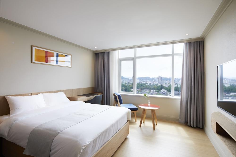 image 1 at Lahan Hotel Jeonju by 85, Girin-daero, Wansan-gu Jeonju Jeollabuk-do 55041 South Korea