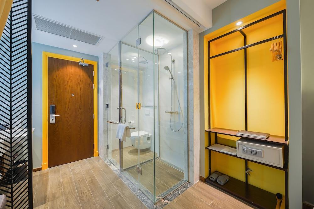 image 1 at Grand Cititel Hanoi Hotel by 13B Tong Dan, Hoan Kiem District Hanoi Vietnam