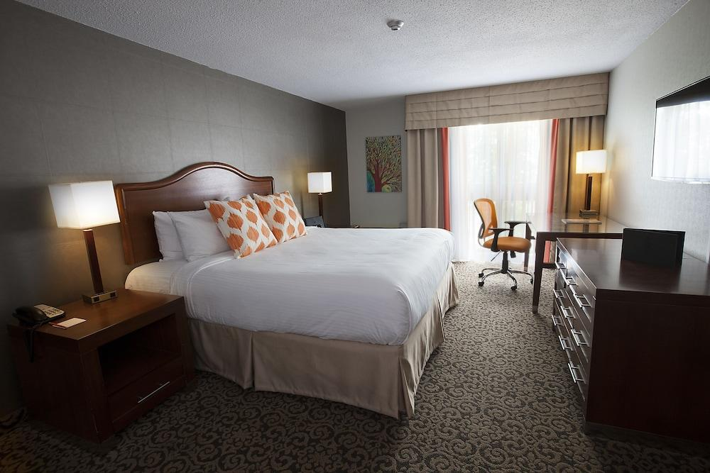image 1 at Old Stone Inn Boutique Hotel by 6080 Fallsview Blvd. Niagara Falls ON Ontario L2G 3V5 Canada