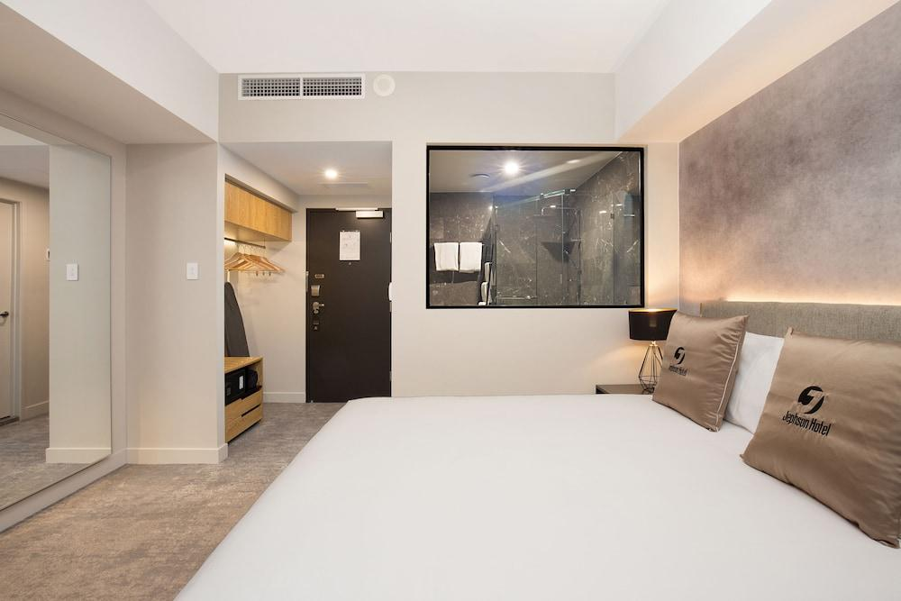 image 1 at Jephson Hotel & Apartments by 63 Jephson Street (Cnr Sherwood Rd) Toowong QLD Queensland 4066 Australia