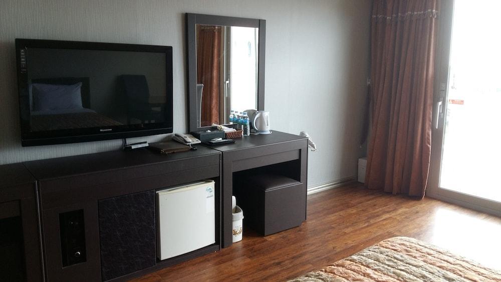 image 1 at Namiltte Resort by 70 Namildae-gil Sacheon South Gyeongsang 664-220 South Korea